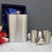 engraved 8oz hip flask with cups