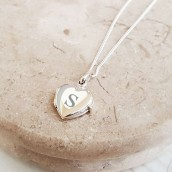 girls heart locket